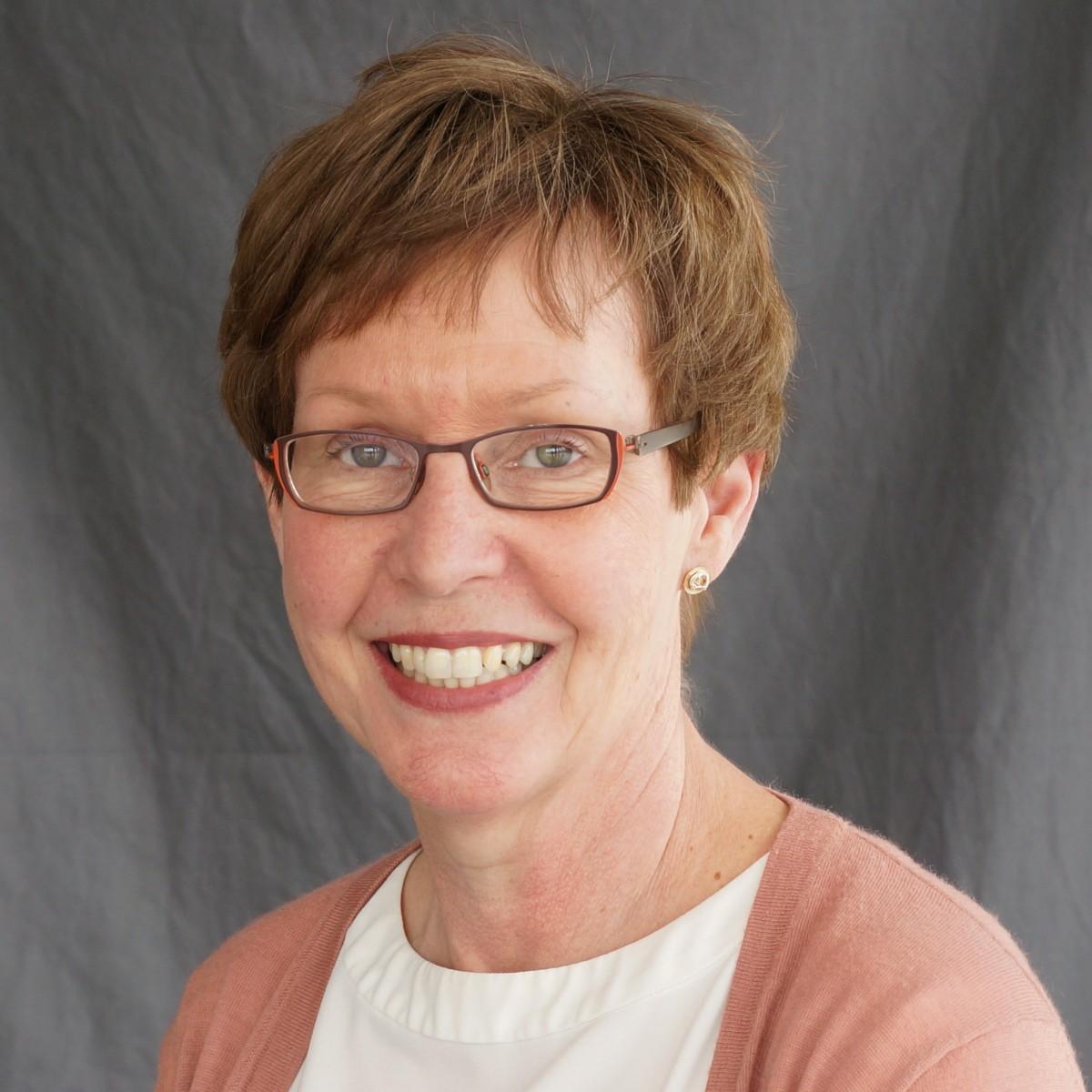 Dr. Marianne Barton